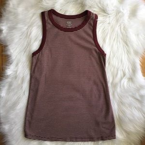 Women's burgundy and white Old Navy Tank Small